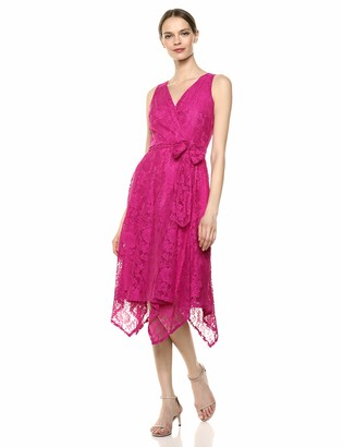 Gabby Skye Women's Sleeveless V-Neck Solid Wrap Lace Dress