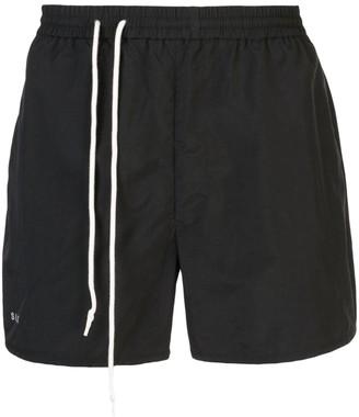SIKI IM black track shorts
