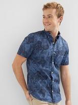 Gap Poplin print slim fit short sleeve shirt