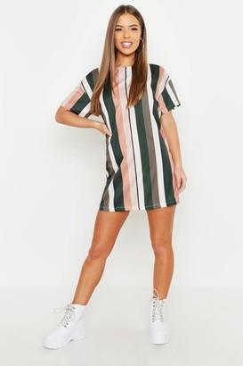 boohoo Petite Tonal Short Sleeve Shift Dress