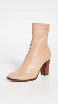Marc Jacobs The Sofia Loves The Ankle Boots