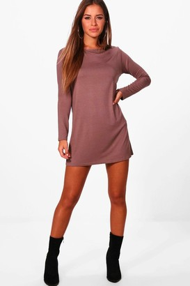 boohoo Petite Long Sleeve Shift Dress