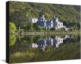 Art.com Kylemore Abbey reflected in lake Stretched Canvas Print By Doug Pearson - 46x61 cm
