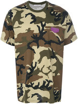 Givenchy Cuban-fit camouflage print T-shirt - men - Cotton/Calf Leather - S