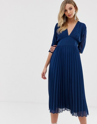 Asos Design DESIGN pleated midi dress with batwing sleeves-Navy