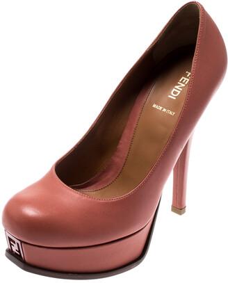 Fendi Coral Pink Leather Fendista Platform Pumps Size 39.5