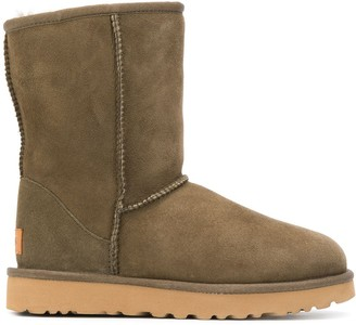 UGG Textured Logo Patch Boots