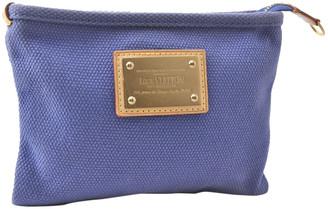 Louis Vuitton Blue Exotic leathers Clutch bags