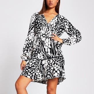 River Island Womens Black long sleeve mono print smock dress