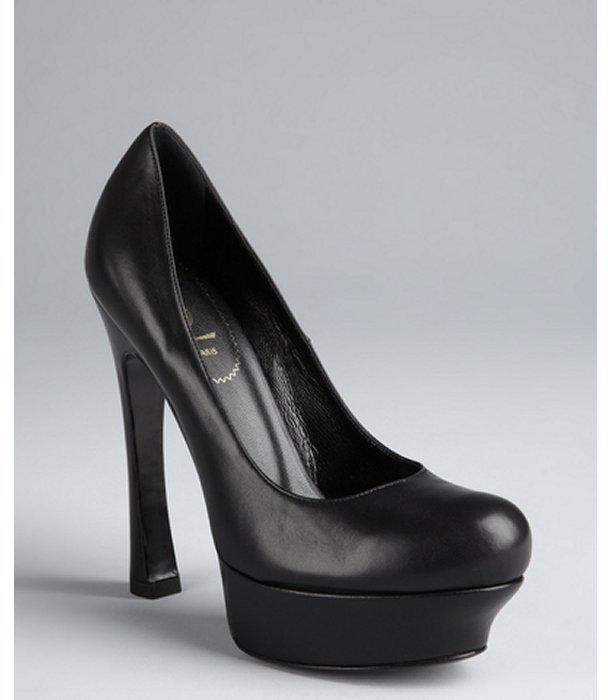 Yves Saint Laurent black leather 'Palais 105' platform pumps