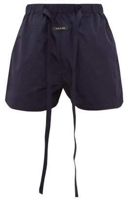 Fear Of God Logo-plaque Hammered-ripstop Shorts - Mens - Navy