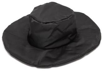 Reinhard Plank Hats - Chai Padded Hat - Womens - Black