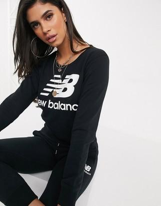 New Balance Sweatshirt in black