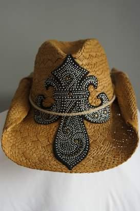 Olive & Pique Upsidedown Fleur-De-Lis Hat