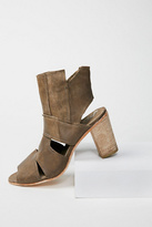 FP Collection Womens EFFIE BLOCK HEEL