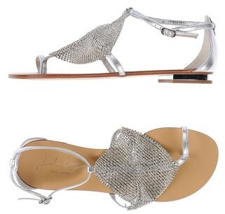 Lola Cruz Toe strap sandal