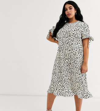 Wednesday's Girl Curve midi dress with tie sleeves in abstract spot print