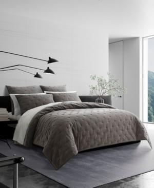Vera Wang Velvet Queen Quilt Bedding