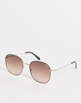 Quay Jezabell womens round sunglasses in black with pink fade polarized lens