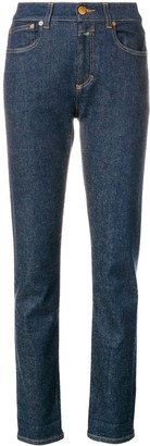 Closed slim-fit trousers