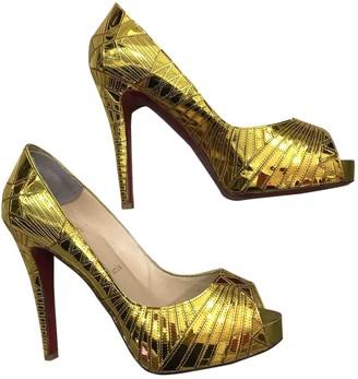 Christian Louboutin Gold Patent leather Flats