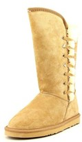 Lamo Robyn Women Round Toe Suede Winter Boot.