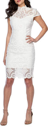 PREMIER AMOUR Premier Amour Short Sleeve Lace Sheath Dress