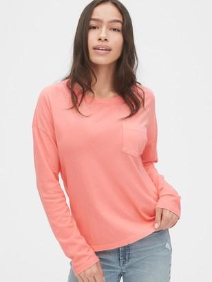 Gap Authentic Long Sleeve Pocket T-Shirt