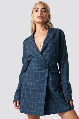 NA-KD Checked Blazer Dress Blue