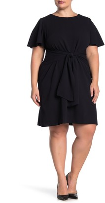 Donna Morgan Short Sleeve Tie Front Stretch Crepe Dress (Plus Size)