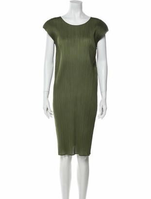 Pleats Please Issey Miyake Scoop Neck Knee-Length Dress Green