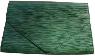 Louis Vuitton Green Leather Clutch bags