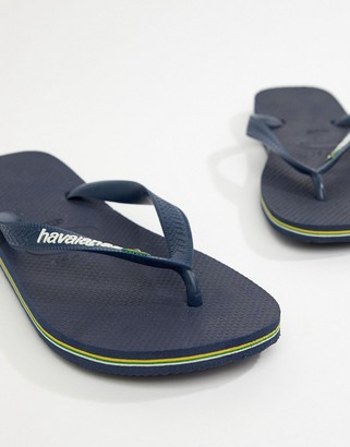Havaianas brasil logo thongs in navy