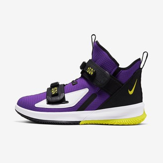 Nike Basketball Shoe LeBron Soldier 13 SFG