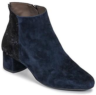 Perlato GOLDAX women's Low Ankle Boots in Blue
