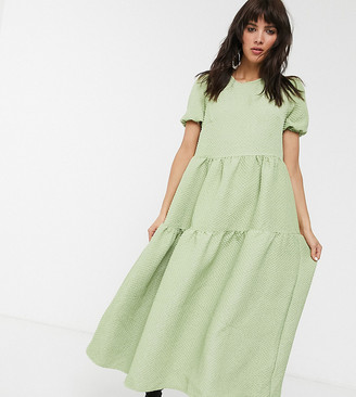 Glamorous tiered maxi smock dress in quilted fabric