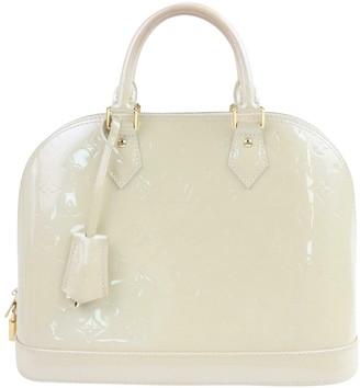 Louis Vuitton Alma Ecru Patent leather Handbags