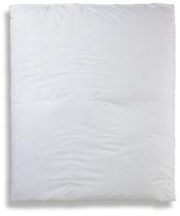 Cloud Nine Sardinia Deluxe Medium Weight Comforter
