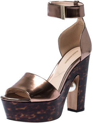 Nicholas Kirkwood Bronze/Brown Patent Leather Pearl Platform Sandals Size 40