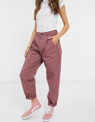 Vero Moda chino pants in pink