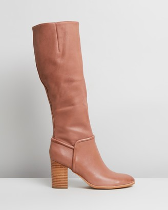 Mollini Alvinass Leather Boots
