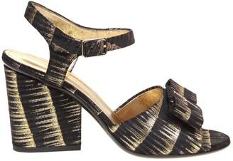 Salvatore Ferragamo Violet Sandal In Laminated Leather