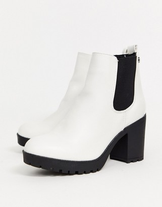 Xti heeled chelsea boots in white