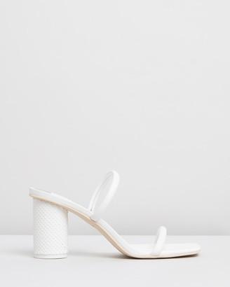 Dolce Vita Noles Block Heels