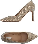 Manoush Pumps