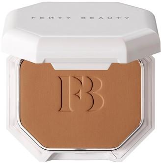Fenty Beauty Pro Filt'r Soft Matte Powder Foundation - Colour 390