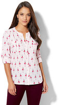 New York & Co. Soho Soft Shirt - One-Pocket Popover - Ballerina Print