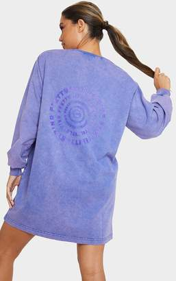 PrettyLittleThing Lilac Spiral Slogan Oversized Jumper Dress