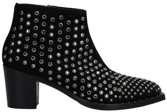 Alberto Gozzi Ankle boots