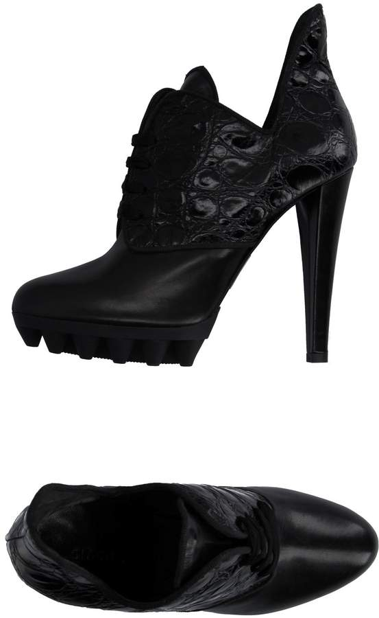 Giacomorelli Lace-up shoes